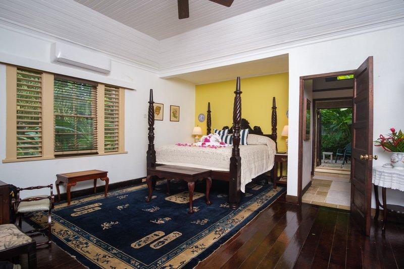 Mullion Cove Master Bedroom 2