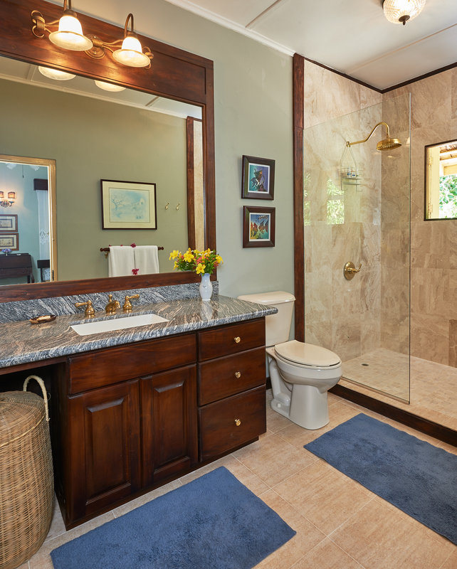 Mullion Cove Bathroom