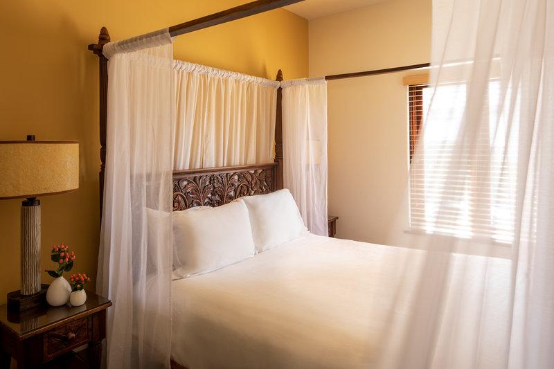 One bedroom queen classic view - CQ2
