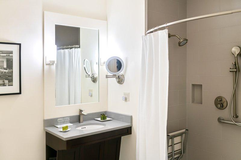 Southbridge Suite Bathroom