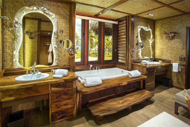 Royale Suite Bathroom