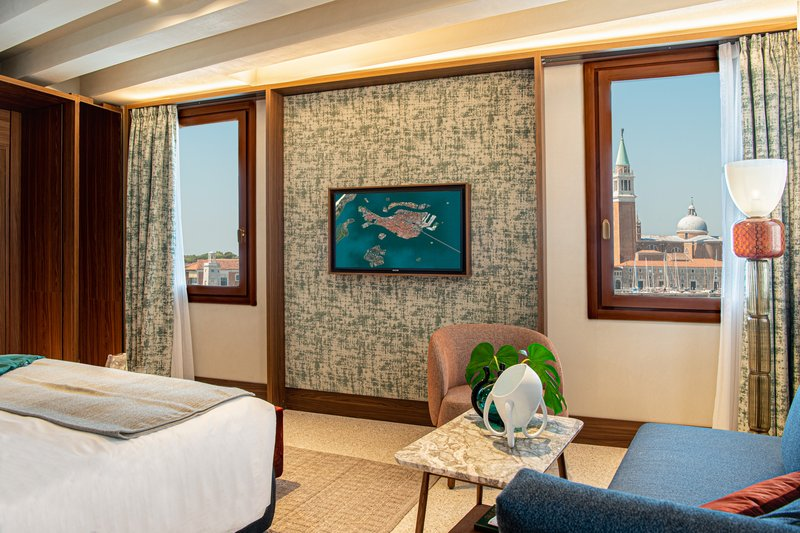 Junior Suite Laguna View