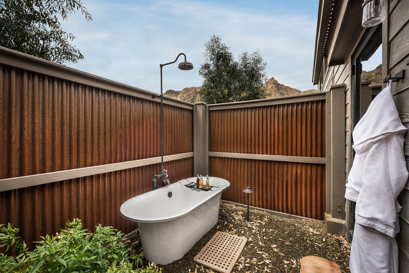 Sky View Outdoor Bath Tub