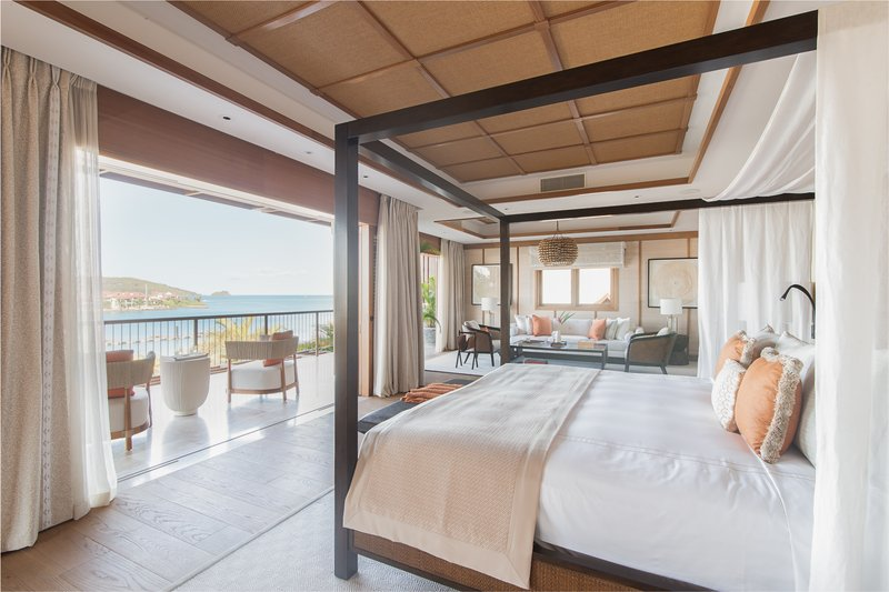 Spectacular Ocean Views from your Suite