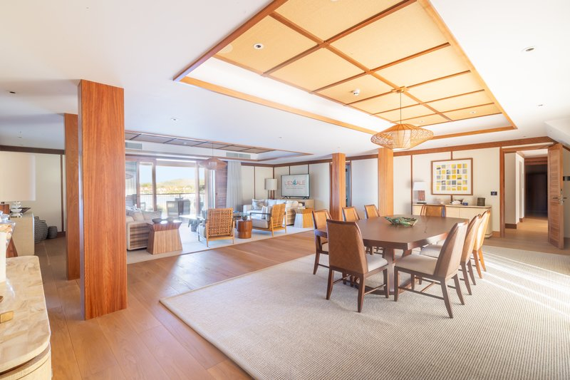 The Penthouse - Dining Room