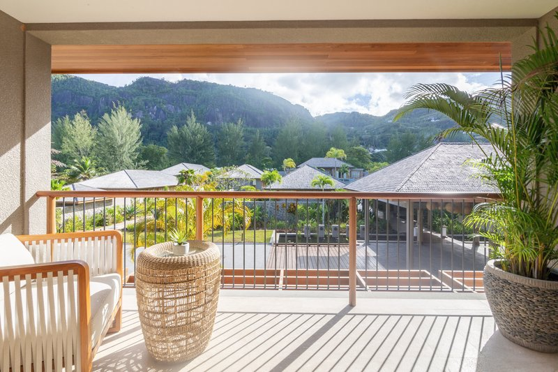 Breathtaking Mountain Views from your balcony