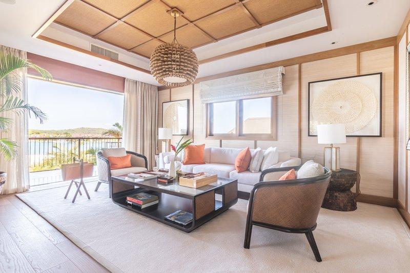 Royal Suite Ocean View - Living Area