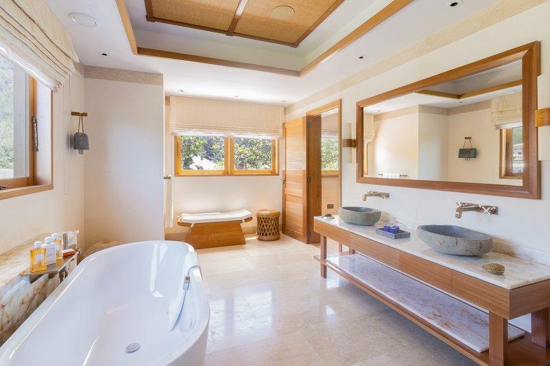 Deluxe Suite Mountain View - Bathroom