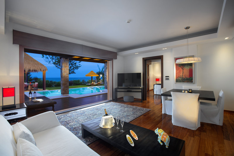 One Royal Spa Villa - Living Room