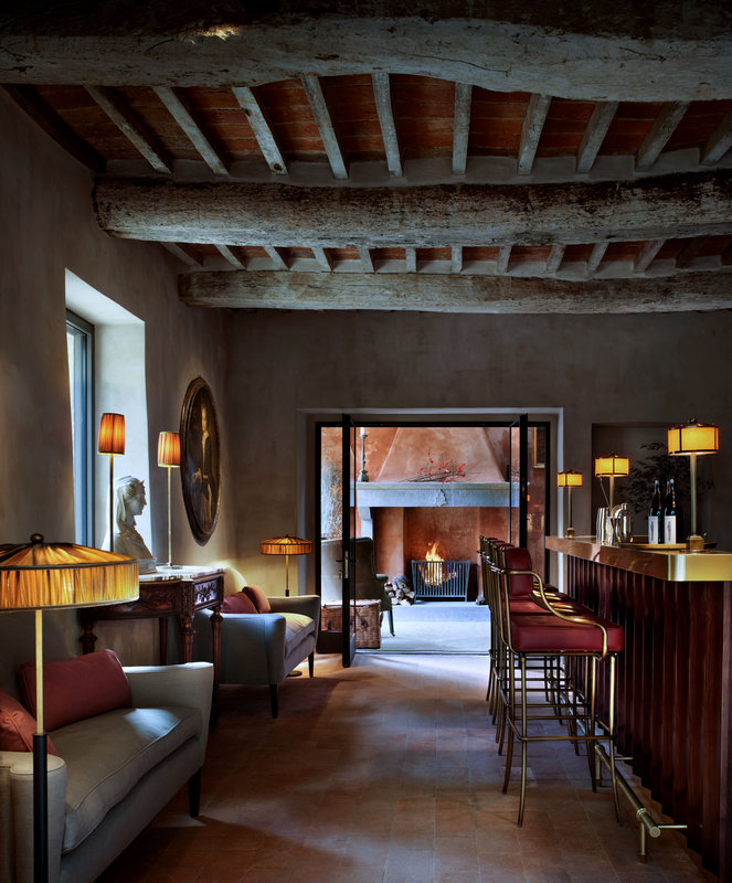 The Palm Court Bar Hotel Castello Di Reschio