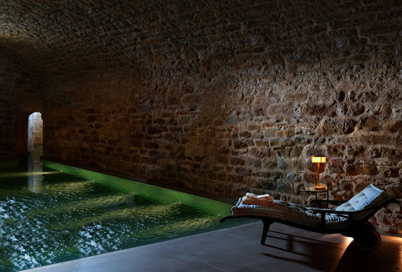 Hotel Castello Di Reschio The Bathhouse