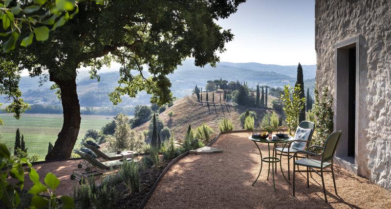 Hotel Castello Di Reschio Suite View