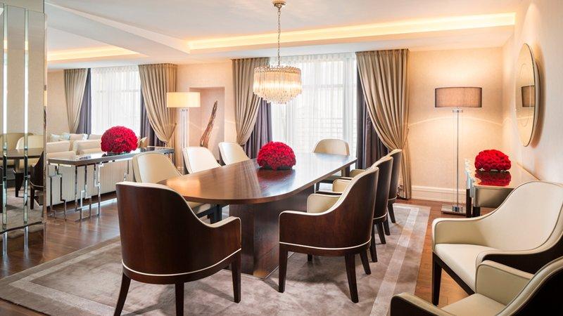 Royal Suite Dining Area Breidenbacher Hof