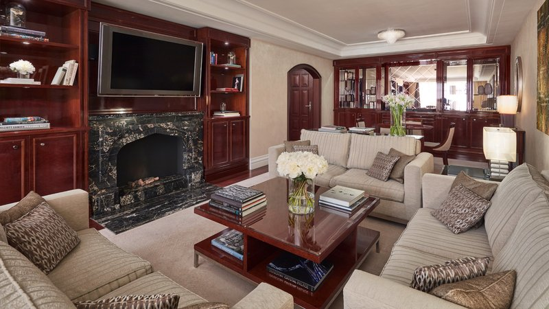 Executive Suite Living Room Breidenbacher Hof