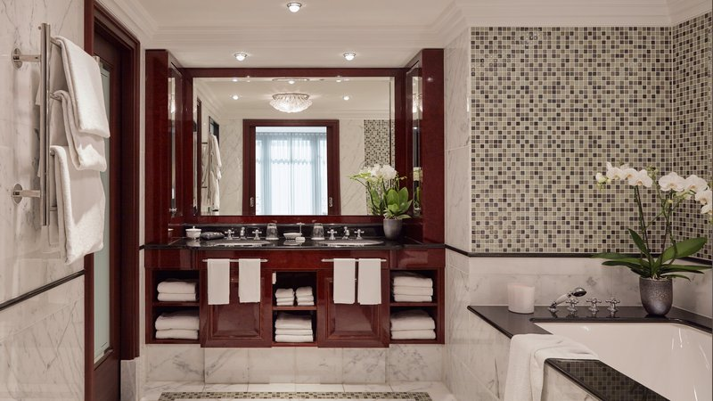 Grand Suite Bathroom Breidenbacher Hof