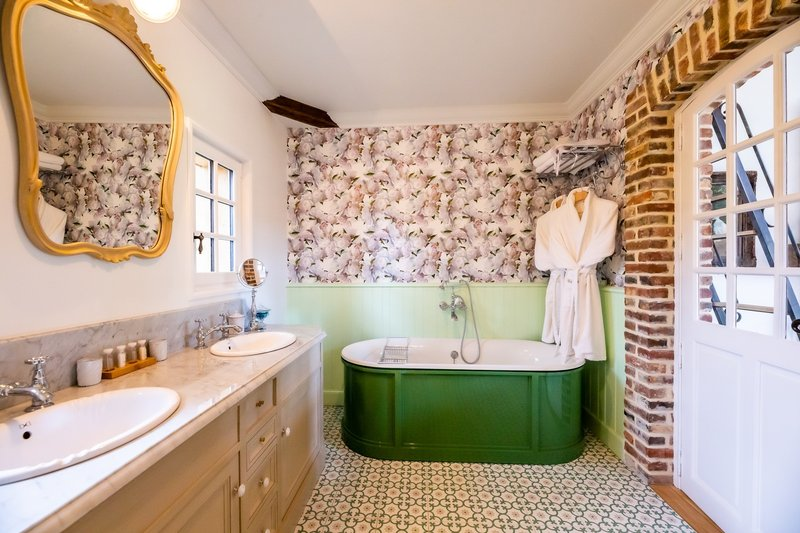 The Bouillerie Bathroom