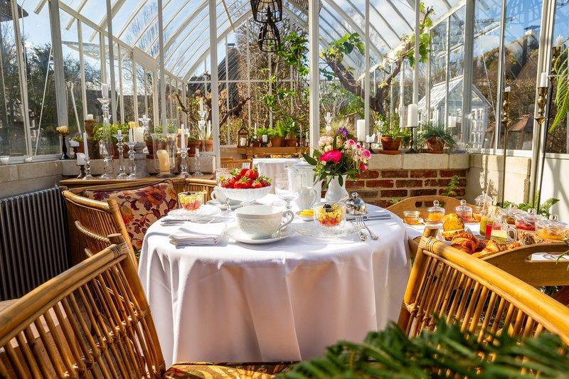 Greenhouse Breakfast
