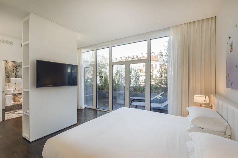 Prestige Terrace Suite
