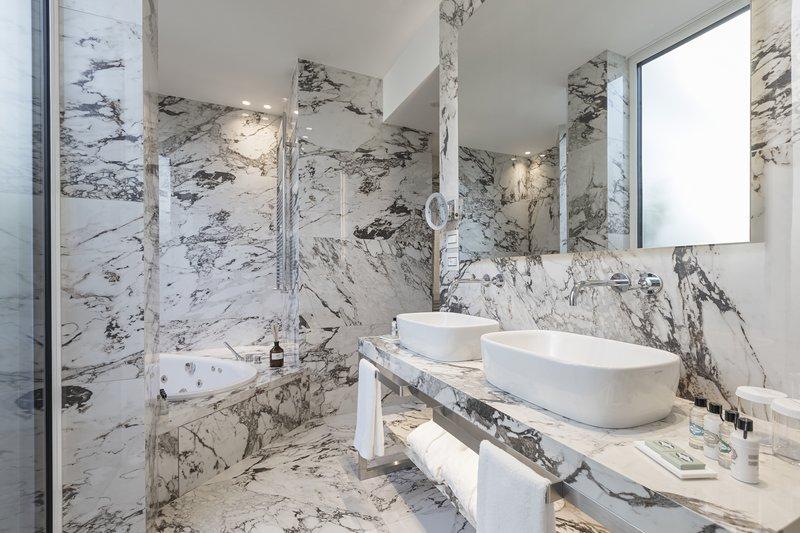 Gran Prestige Terrace Suite