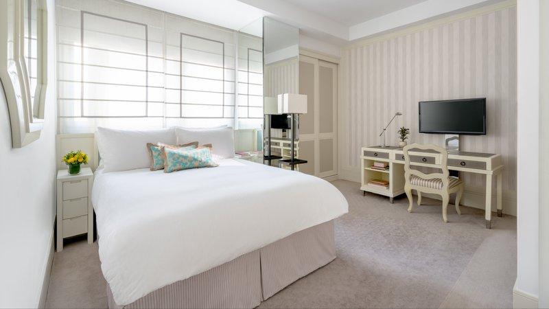Lanson Place CWB Superior Room