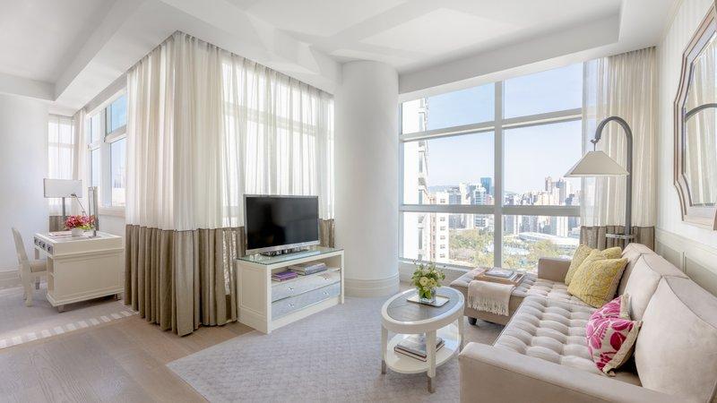 Lanson Place CWB Prestige Suite Sitting Area