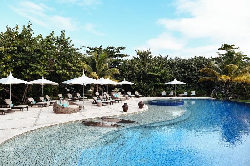 Matachica Pool Area