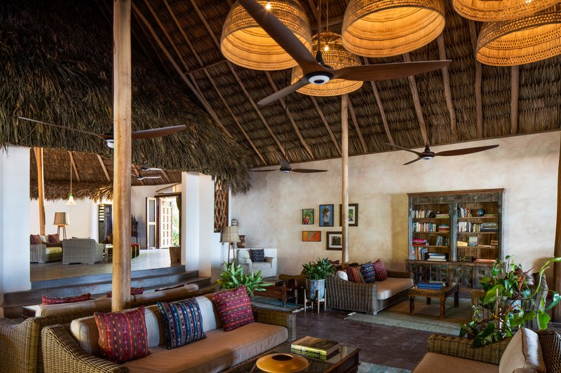 Matachica Lobby and Lounge