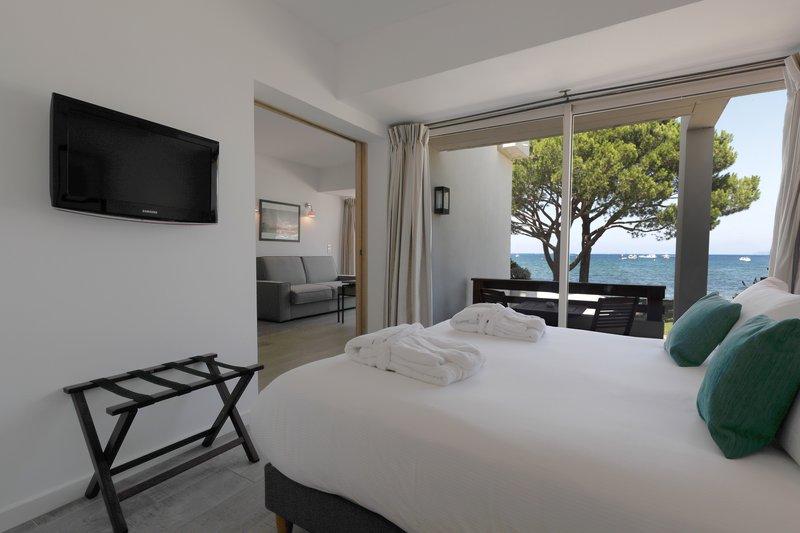 Sea Laterale Balcony Suite