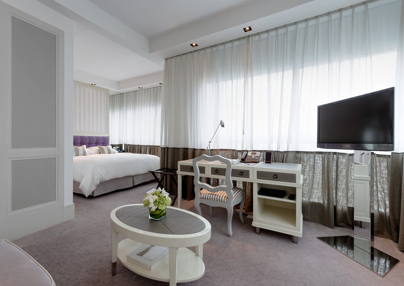 Grand Luxe Room