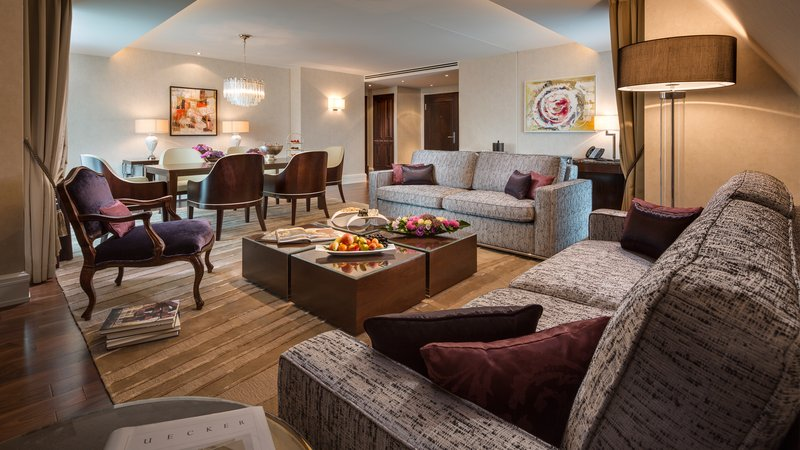Executive Suite Living Room Breidenbacher