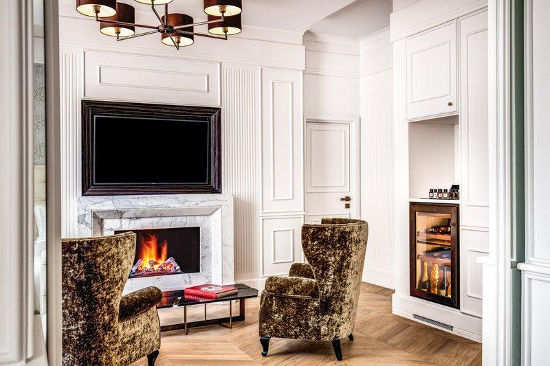 Splendide Presidential Suite - Firecplace