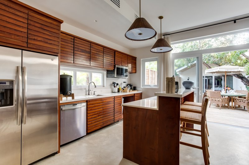 2 Bedroom Beachfront Villa Kitchen