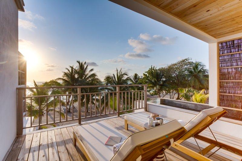 1 Bedroom Beachfront Loft View