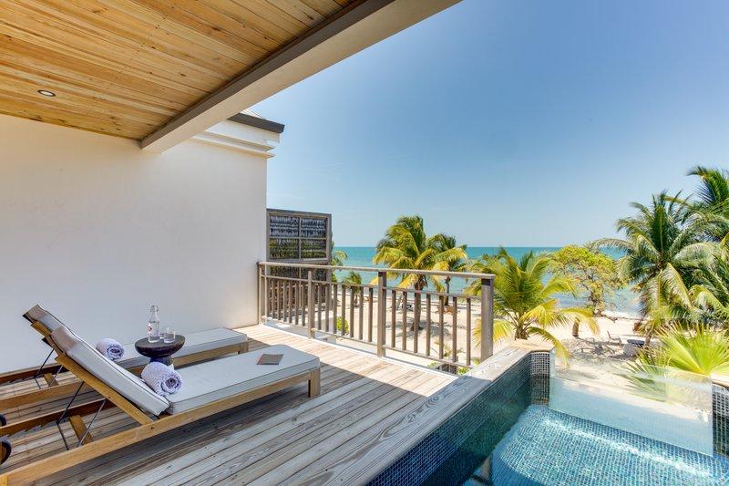 1 Bedroom Beachfront Loft