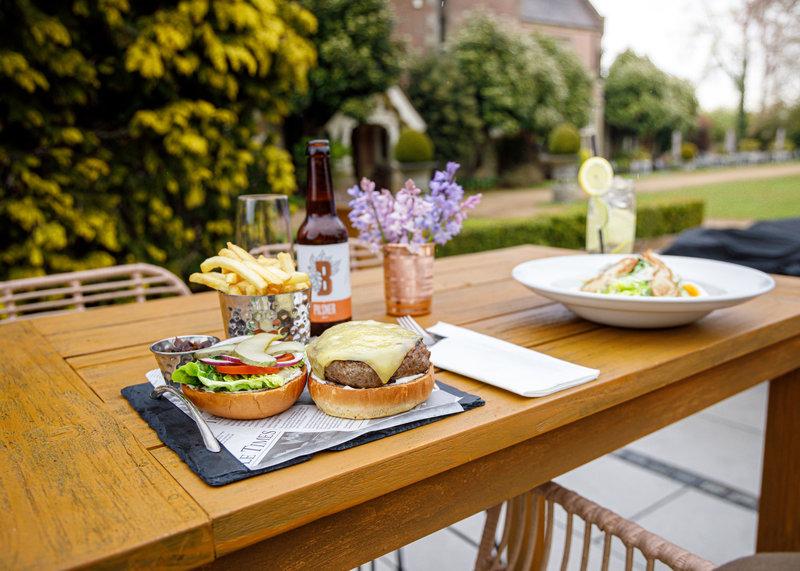 Al Fresco Lunch on the Terrace