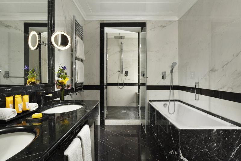 Prestige Room bathoom 2