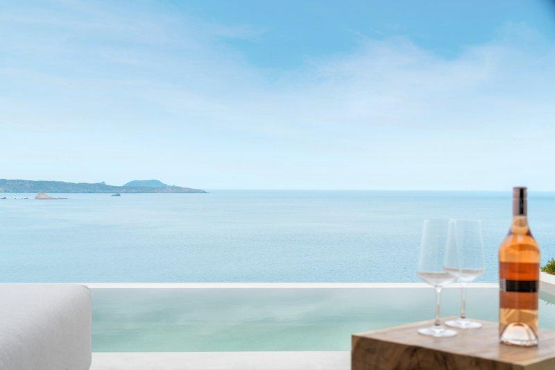 White Coast Private Pool Panoramic Sea View