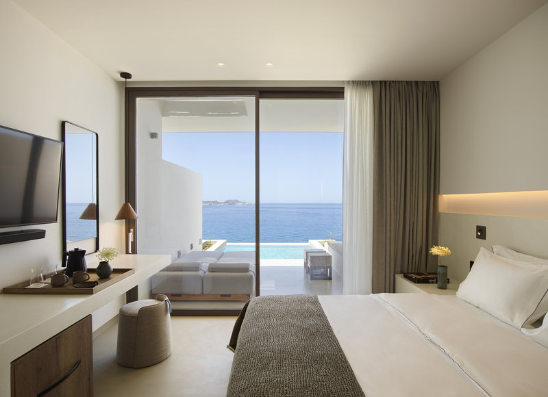 Deluxe Suite Private Pool & Panoramic Sea View