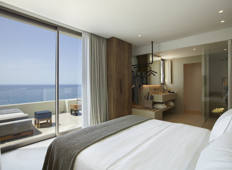 Superior Suite Private Chill Out Pool & Panoramic Sea View