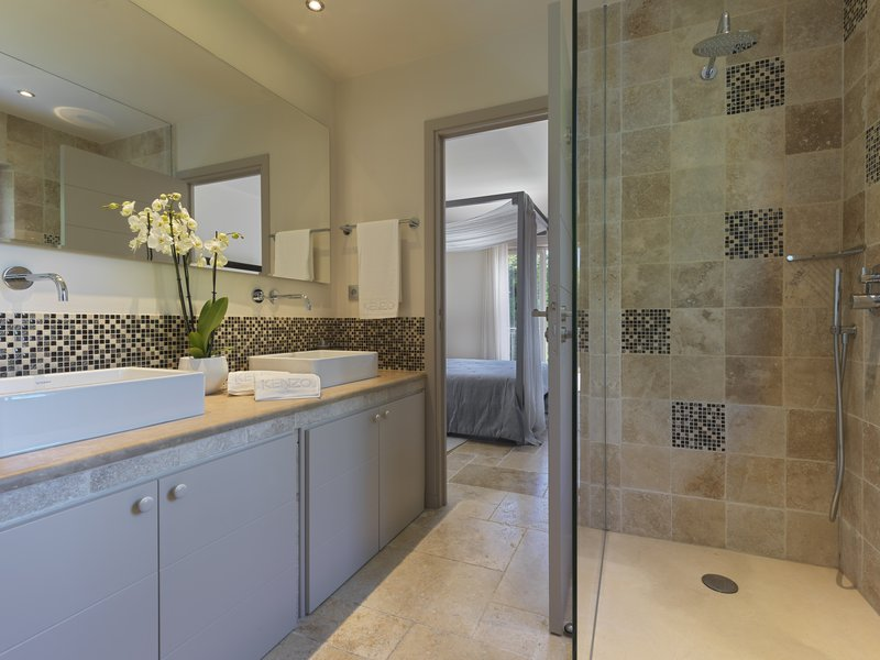 Villa Beau Rivage Bathroom