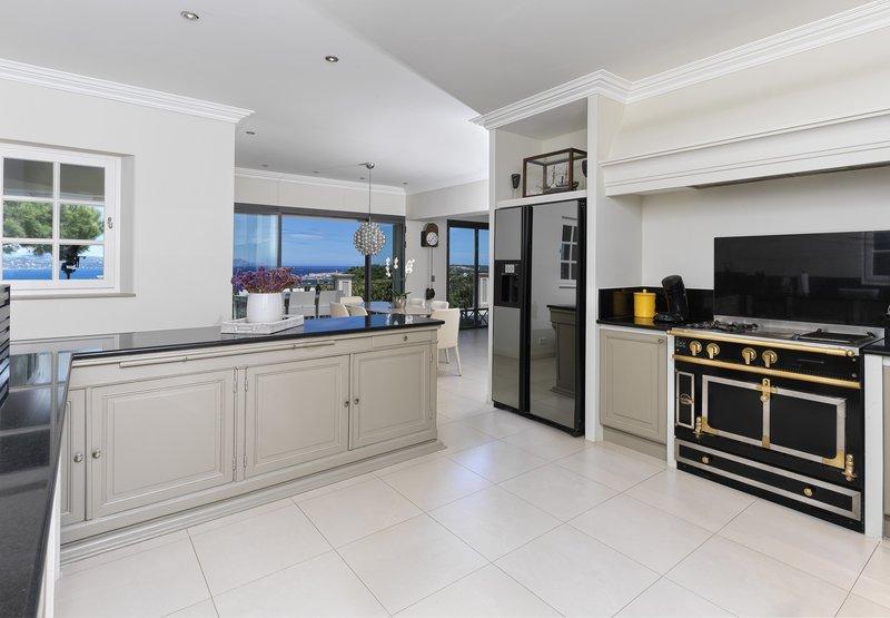 Villa Bellevue Kitchen