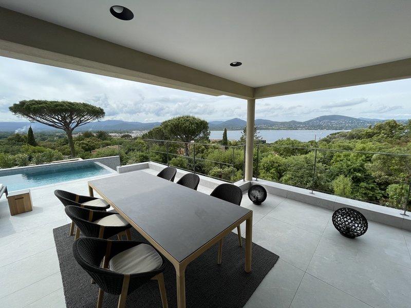 Villa Cote D Or Terrace