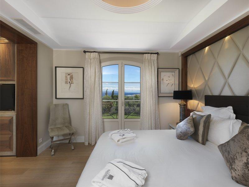 Villa Sans Souci Master Bedroom
