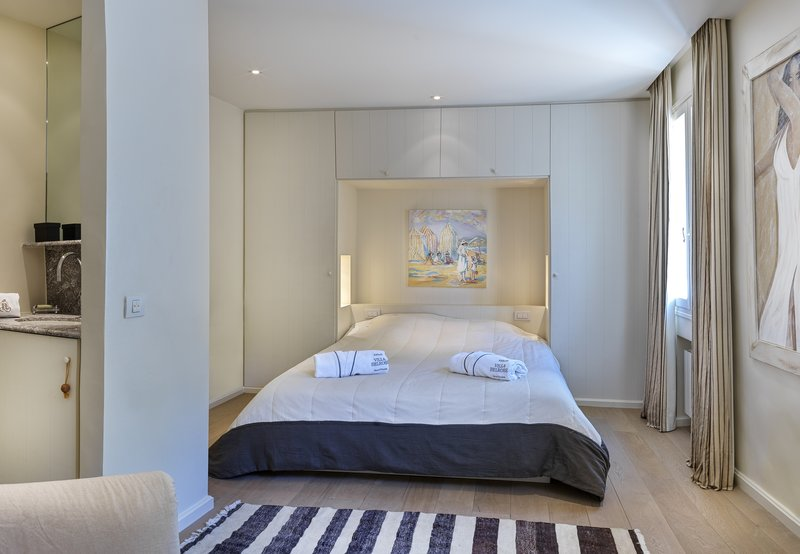 Villa Haute Vue Bedroom