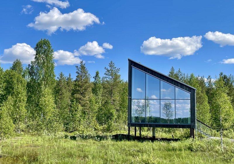 Land Cabin Summer
