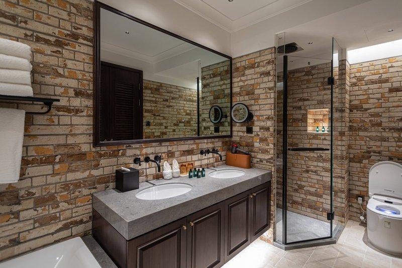 HUPANJU Bathroom