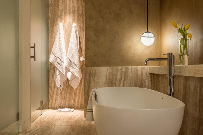 Executive Suite Bathroom With Tub