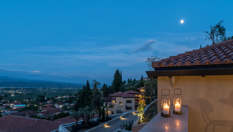 Mystras Suite Balcony In The Evening