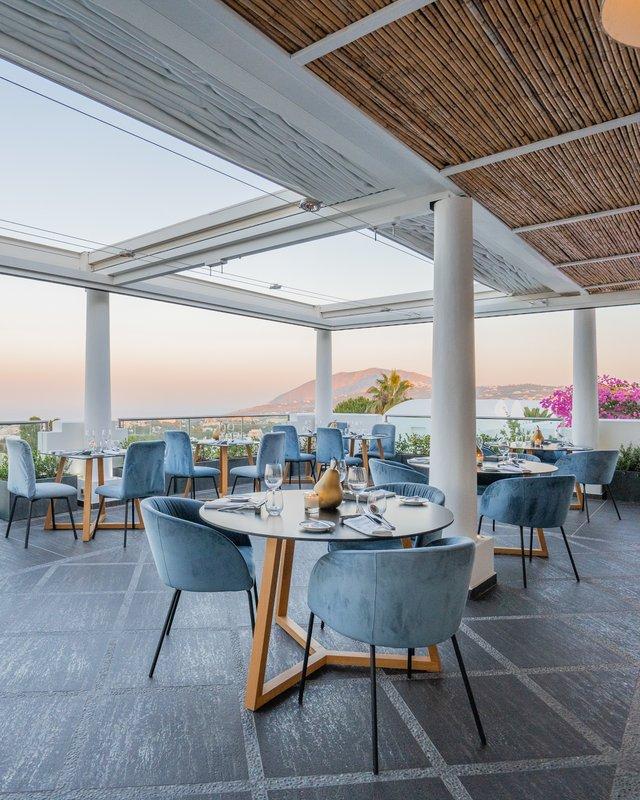 Ifestioni Restaurant Dining