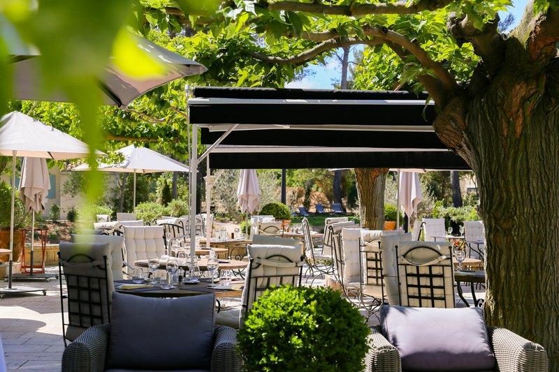 Terrace - Restaurant & Bar